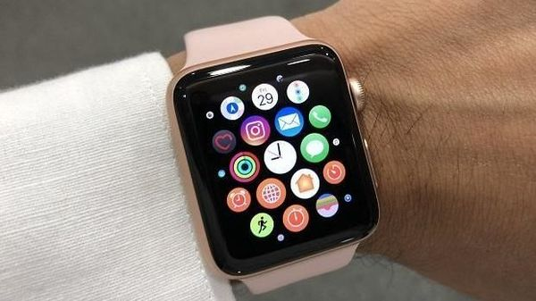 New York Doctor Filed Lawsuit against Apple over Patent Infringement in Apple Watches