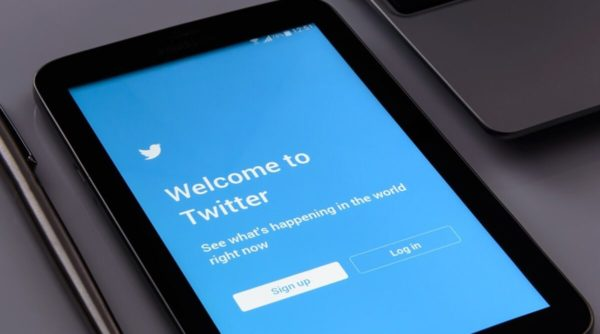 Twitter to Remove Animate PNG Files to Keep Trolls Misusing On Photosensitive People